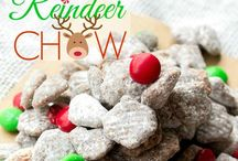Christmas Eats / All the cute and fun tasty Christmas treats to make the Holidays merry! / by Renee Dietzel