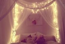 Bedrooms / For the sweetest dreams / by Laura Tuccitto