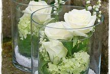 Bloemenstukken met glas