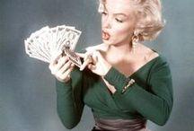 Money Mindset / Geld verdirbt den Charakter? Lass uns ein für alle mal mit diesem negativen Glaubenssatz und seinen unnützen Freunden Schluss machen! Lass uns ein Leben voller Fülle in allen Bereichen kreieren und leben ♡ Empower your money mindset ♡