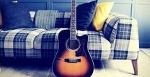 Mini Guitar News / Daily guitar inspiration to help you grow your guitar knowledge and progress your skills faster.  Daily guitar tips.  Are you interested in learning the guitar? Visit my website https://www.guitarcouch.com