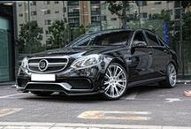 Brabus E 63 AMG S / 730 KM w klasycznym sedanie? Czemu nie!  Mercedes-Benz E 63 AMG S po wizycie w Bottrop zdecydowanie nie narzeka na niedostatek mocy. Na tle słabszych braci wyróżnia się także wizualnie - za sprawą dyskretnych dodatków aerodynamicznych. Samochód idealny?  Brabus JR Tuning http://www.brabus-jrtuning.pl/
