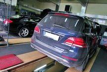 REALIZACJA: MERCEDES GLE COUPE & GLE SUV / Tym razem podjęliśmy się podniesienia mocy w dwóch nowościach spod znaku Gwiazdy – GLE Coupe oraz GLE SUV, oba w wersjach z silnikami diesla 350d. Z pomocą przyszedł nam zaawansowany moduł podniesienia mocy BRABUS ECO PowerXtra.  Więcej informacji na naszym blogu: http://www.brabus-jrtuning.pl/blog/realizacja-mercedes-gle-coupe-gle-suv/  Brabus JR Tuning