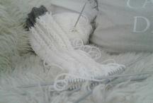 Knitting/Crocheting ~ Neulominen/Virkkaaminen
