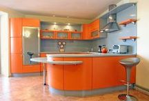 A splash of Orange / Orange kitchens dazzle, always offering a warm welcome that invites folks to linger. Whether appearing as splash or stretches of colour, this look-at-me colour demands attention.