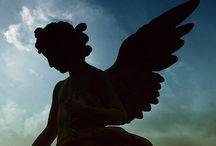 Engelen / Engelen als achtergrond voor een gedicht te gebruiken.