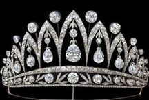 Antique Jewelry and Famous Pieces of History / Simply fabulous pieces of jewelry which outlast tests of time. Tiaras, crowns, dazzling necklaces, and scintillating earrings, these incredible works of art are simply fascinating to see and admire.