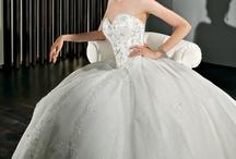 Perfect wedding dress finder findbridedress on pinterest ball gown wedding dress the classic ball gown wedding dress is the silhouette you most junglespirit Gallery