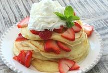 EAT: Breakfast / by Krista Woolsey