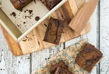 Desserts // Many brownies // chocolate