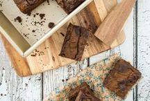 Desserts // Many brownies // chocolate