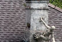 Haunted New Orleans Tour / Apartment for Rent: With or Without a Ghost?  On a recent trip to the French Quarter as research for a book, the number of tours and signs advertising live-in ghosts, or the absence of phantoms, impressed us.