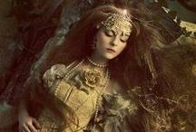 """Faerie Realm / Because everyone dreams about a """"Once upon a time..."""""""
