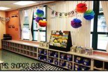 Classroom Organization & Decor