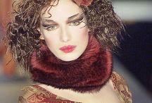 MARIELLA BURANI / Féminité, raffinement, élégance, une créatrice de talent.