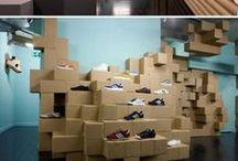 Vitrines com embalagens / caixas ideias / Decoração de vitrines