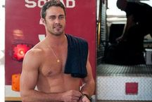 Chicago fire  / I love this show