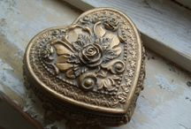 Trinket boxes / Cool & awesome trinkets I want
