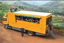 On the road / On the road: images while overlanding through Africa. Onderweg: plaatjes gemaakt al reizende door Afrika.  http://africantravels.com #africantravels