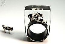 "Resin Jewelry ""Small Animals"" / Gießharz Schmuck ""Kleinvieh"" / My resin jewelry collection ""Small Animals"": rings, pendants, earrings ... Meine Gießharz-Schmuck-Kollektion ""Kleinvieh"": Ringe, Anhänger, Ohrringe... *** Geschmeide unter Teck: Handmade with love in Germany"