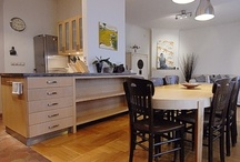 CASTLE HILL 3-Bedroom Luxury Apartment in Budapest / Sunny and spacious luxury vacation apartment by the historic Castle District of Budapest - ideal for families or friends up to 5-6 persons