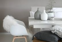 INTERIOR  GREY / looking for some inspiration for my grey couch standing in front of our concrete wall