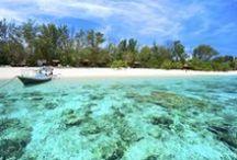 Het mooiste van Lombok! / Lombok biedt de reiziger een schitterende natuur, vooral rond de Rinjani vulkaan (3726m) en in het ongerepte zuiden, met rivieren en watervallen en mooie plantages en waar u enkele van de mooiste baaien en eilanden van Indonesië vindt. Ontdek de mooiste plekjes van Lombok nu met Original Asia!