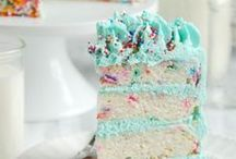 Bake a Cake / all about delicious cake and treats!