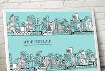 Leve a minha cidade - Coleção Porto Alegre / Leve a minha cidade | Coleção Porto Alegre é um projeto de arte com desenhos de Leandro Selister aplicados em produtos como Postais, Pôsteres em adesivo e Almofadas. A primeira cidade escolhida é Porto Alegre, capital dos gaúchos e local onde o artista vive há mais de 30 anos. Uma ótima dica para um presente diferenciado. O projeto ganhou o 1º Lugar na Categoria Design Gráfico - Ilustração no 6º Prêmio Nacional Bornancini de Design em Porto Alegre / Dez, 2016.