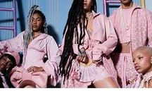 FENTY X PUMA BY RIHANNA SS17 / Fenty X PUMA originated from the encounter between singer Rihanna and PUMA. A partnership created to reinterpret the classic models of the brand, that is footwear, in a fashionable way.