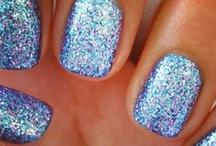 nails! / by Monique Vandermolen
