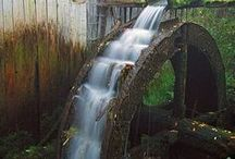 Water Wheels~n~Grist Mills / by Tamera Sarkozi