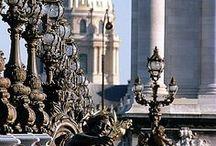 Bloggers/blog posts we love! / Our favorite Paris Bloggers!