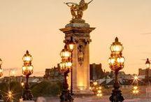 #Paris and its #Bridge / #Lovely #Parisian #Bridges