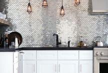 Kitchens / by Ana Carolina Lemes