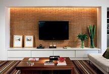 TV Walls | Home Theater / by Ana Carolina Lemes