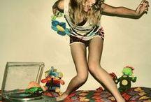 Art: Dance/ Tanz / Let's dance!   --   Lass und tanzen!