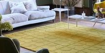 Yellow Rugs / From oriental and traditional styles to sophisticated, textured ranges. We can help you find the perfect rug for any room in your home. Our yellow and gold rugs are made around the world using the finest yarns including Wool, Acrylic, Polypropylene, Polyester and Viscose fibres. Yellow can be used as an accessory colour and looks great when combined with black furnishings or on its own to brighten up a dark area.