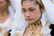 Italian traditional clothing