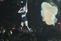 Taylor Swift / I love this girl! <3 / by Sarah Raeman