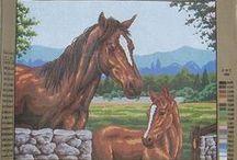 Horses - Chevaux / Needlepoint Canvas of horses - Canevas de petits-points de chevaux