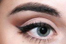 Make up und Nägel