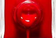 Rouge - Red - Rojo / Couleur rouge  Red Color