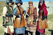 Trajes tradicionales del mundo y su folklore / traje típico o tradicional es la indumentaria que expresa la identidad cultural de una región, pueblo, cultura o nación