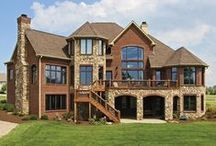 Exterior Inspiration / Home exteriors that we love.