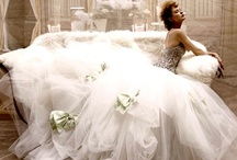 Gorgeous Gowns / by Kelly Ann