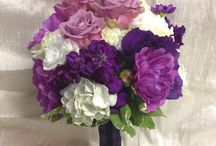 Floralisa Purple Wedding Flowers / Beautiful wedding and event flowers in all shades and tones of purple, plum and lavender by Floralisa.com