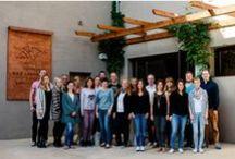 BIO HOTELS Experience / Wenn jemand eine Reise tut, dann kann er was erzählen .... Unsere Reise geht nach Vallromanes, in die Nähe von Barcelona. Dort eröffnet das Hotel Mas Salagron Ecoresort  - das erste BIO HOTEL in Spanien.  Reisejournalisten, Blogger, Filmschaffende, Youtuber und Sie haben die Möglichkeit, das neu eröffnete Hotel zu testen, um dann ihre persönlichen Reisegeschichten auf ihren diversen Kommunikationskanälen mit uns zu teilen. Hier können Sie die Geschichten nachlesen: www.experience.biohotels.info