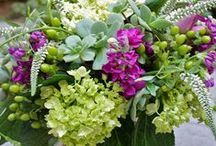 SUMMER ARRANGEMENTS OFFERED AT BLOSSOMS / Summer style flower arrangements