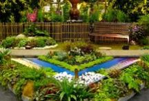 * Gardens * / * Gardens *